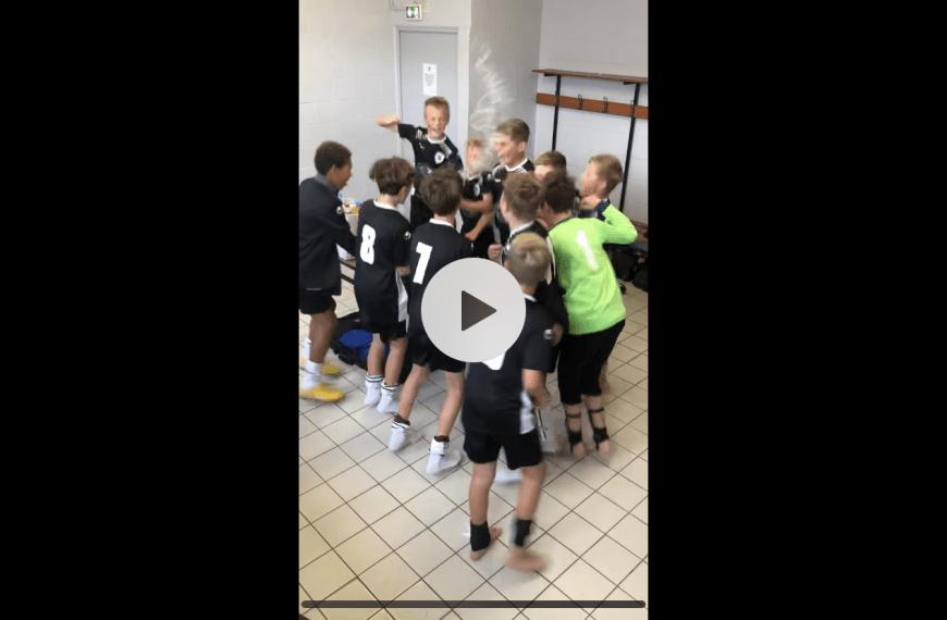La célébration de la victoire des U13 face à Saint-André